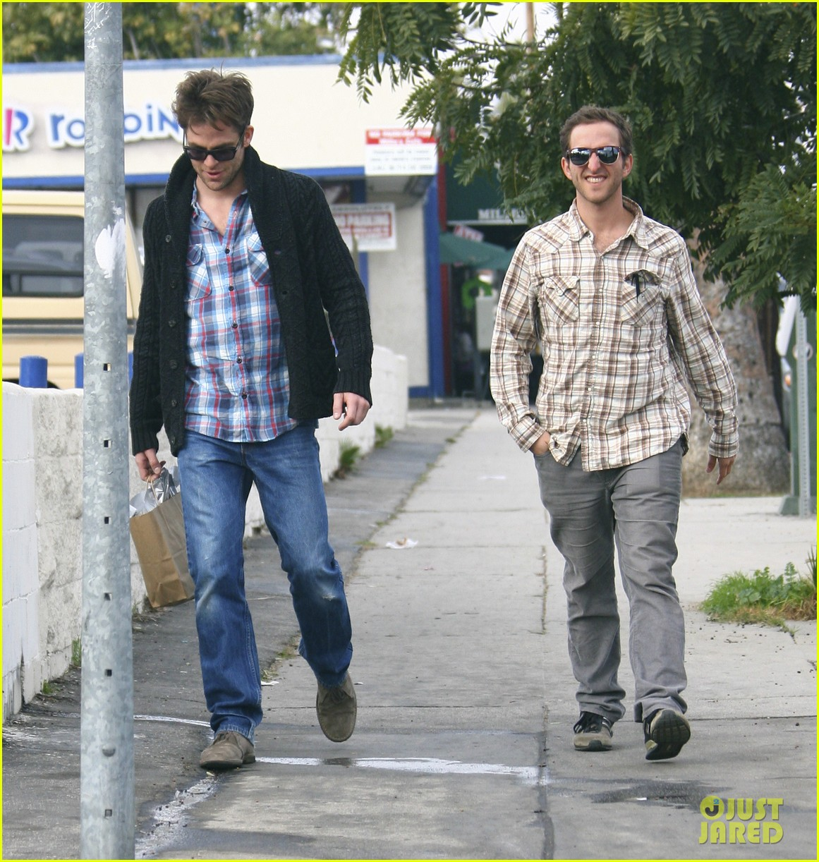 chris pine out about la 11