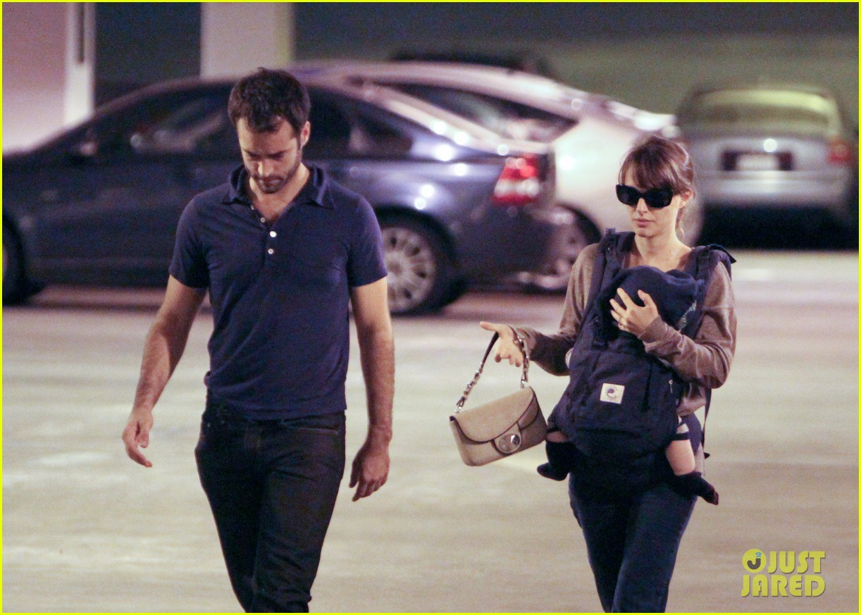 natalie portman benjamin millepied out with aleph 10