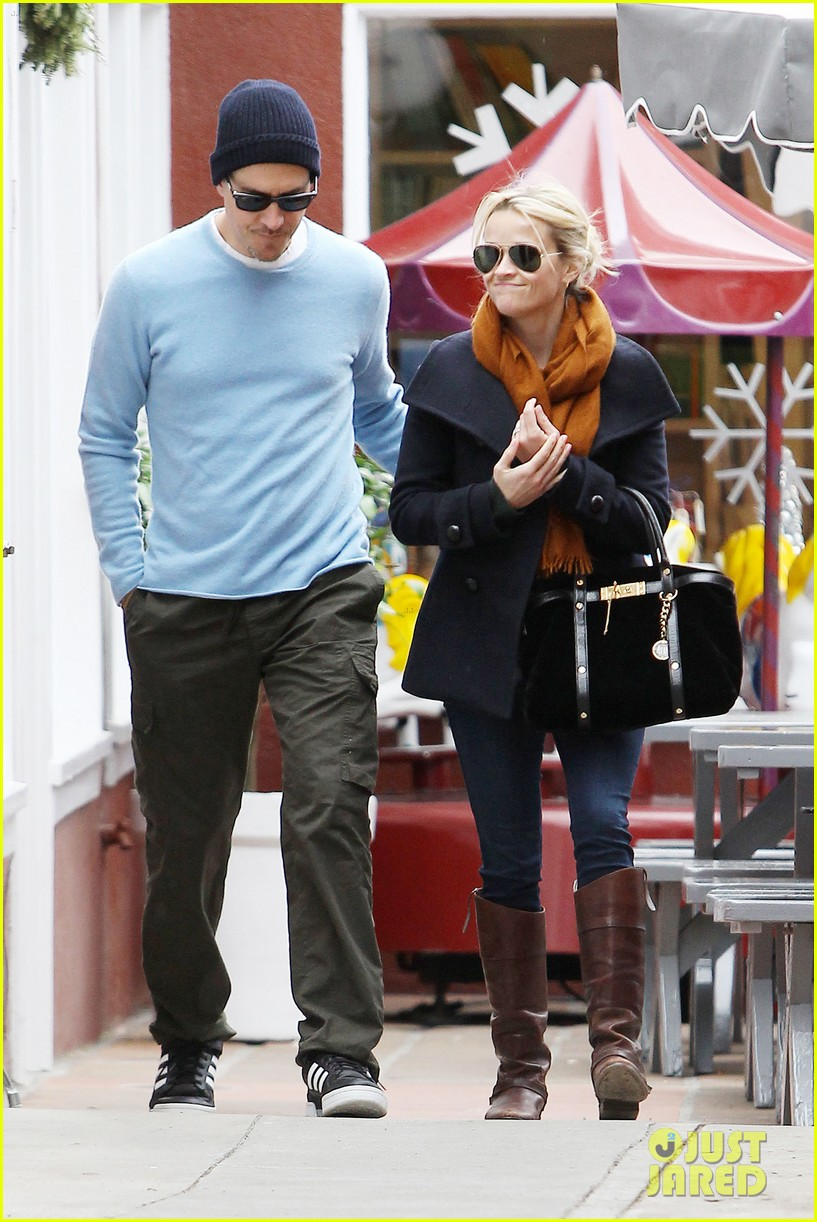 reese witherspoon jim toth brentwood country mart 13
