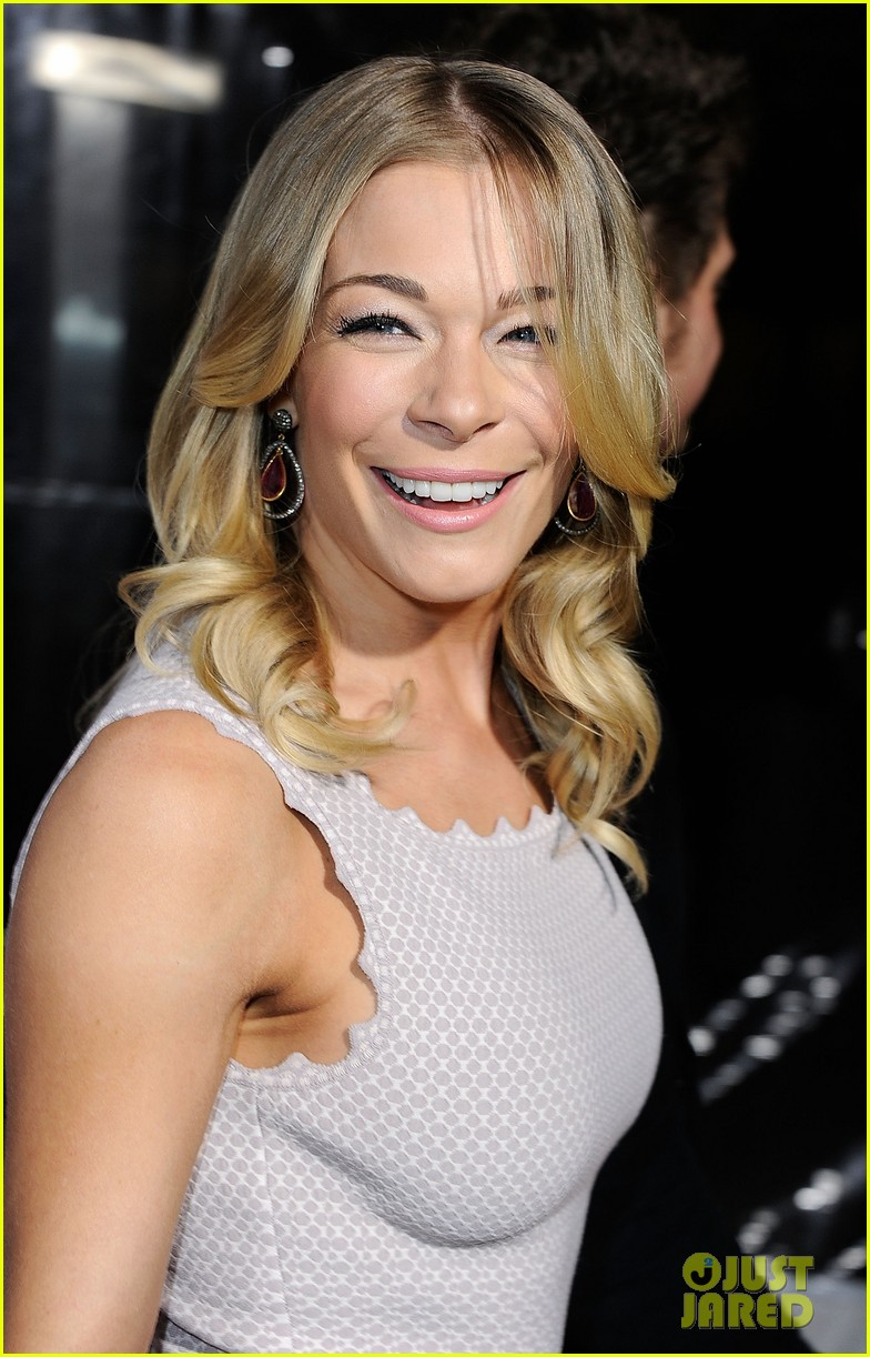 leann rimes american giving awards 09