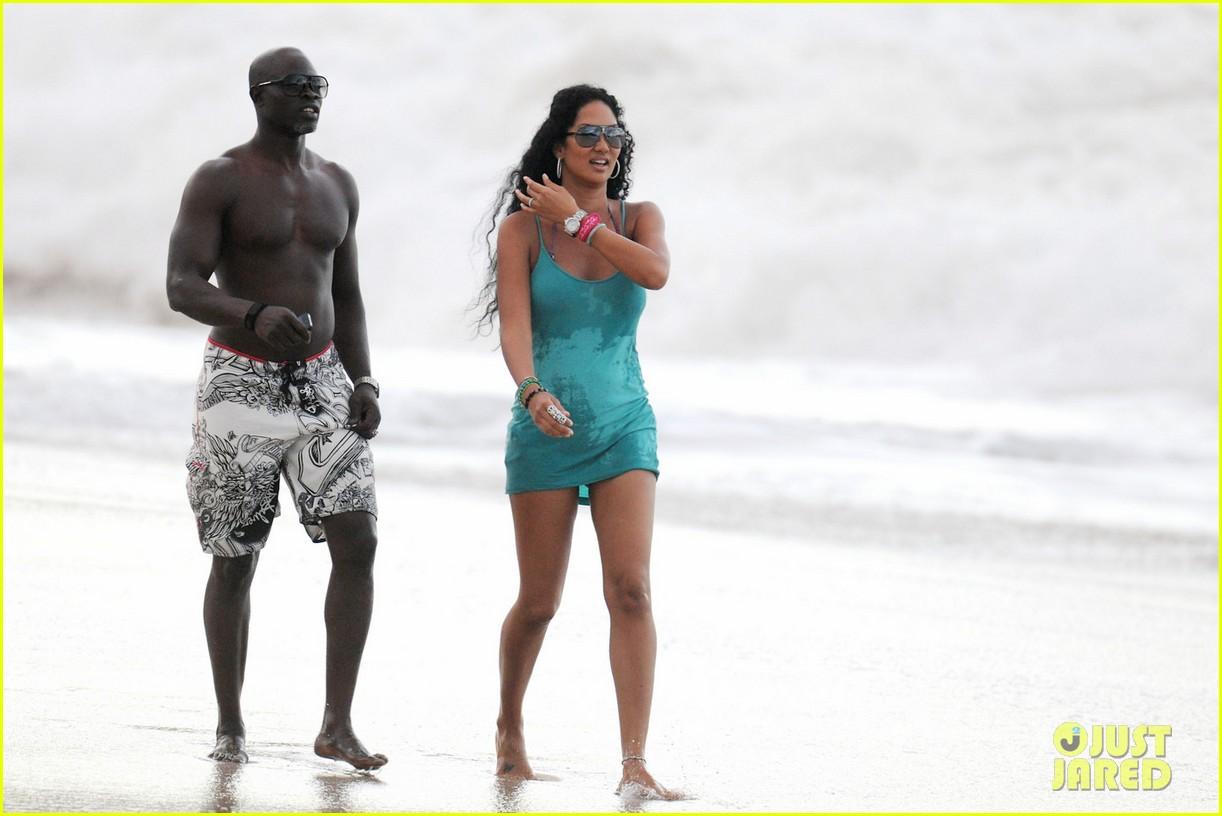 kimora lee simmons bikini babe 062613599