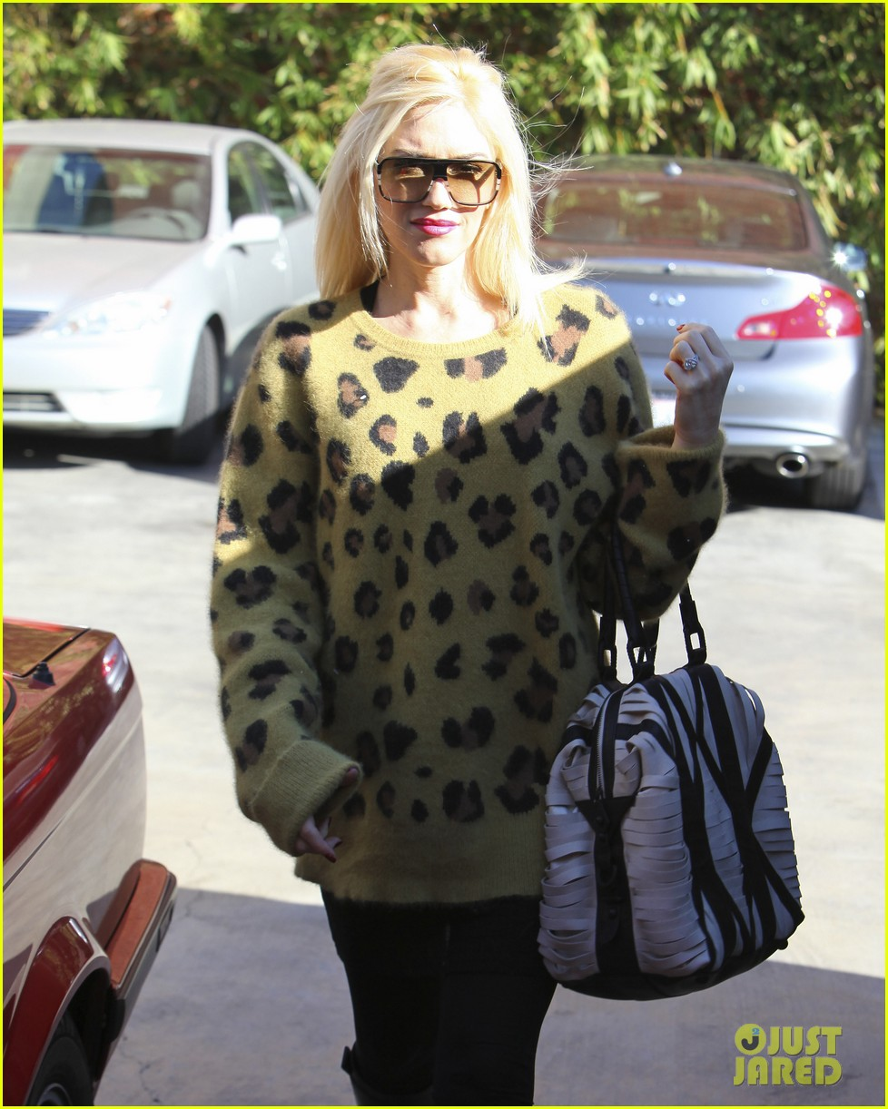 gwen stefani buddhas belly 15
