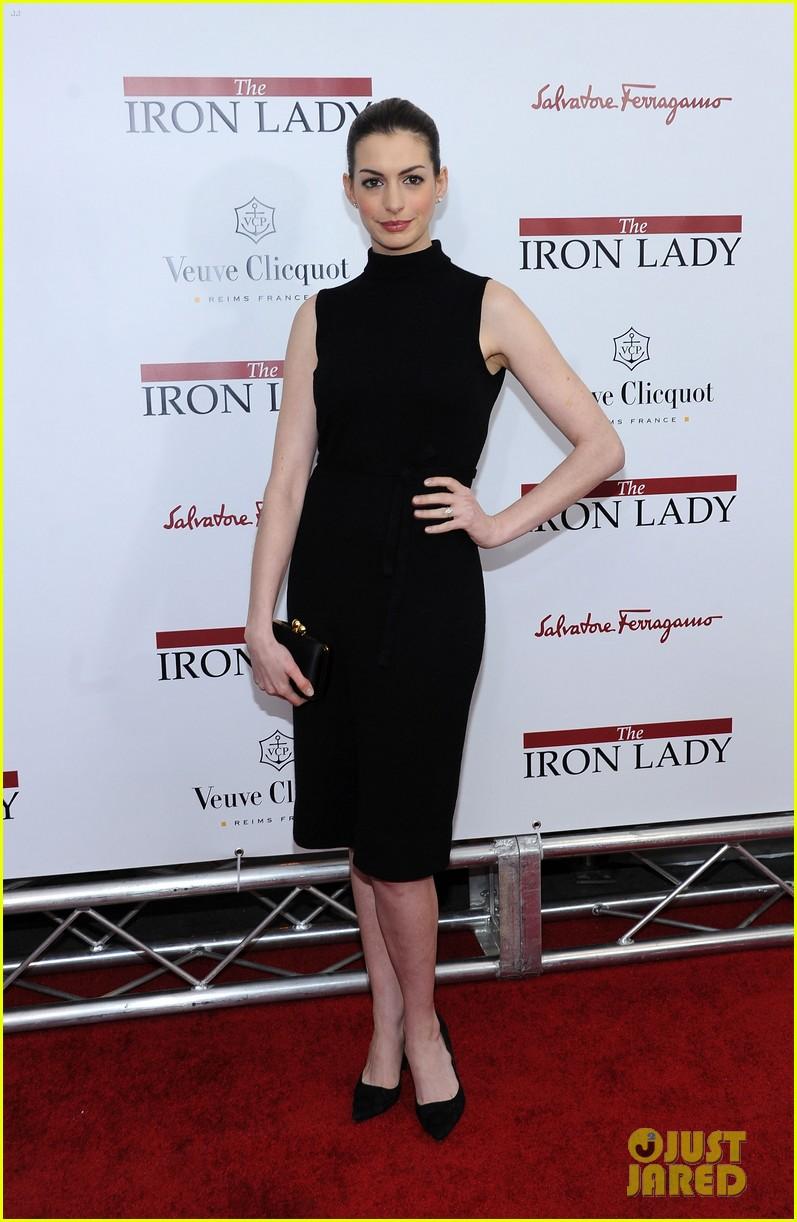 meryl streep anne hathaway iron lady premiere 132609800