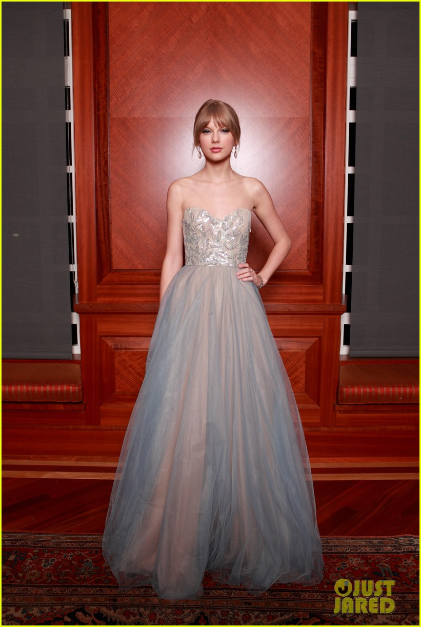 taylor swift nashville symphony ball 13