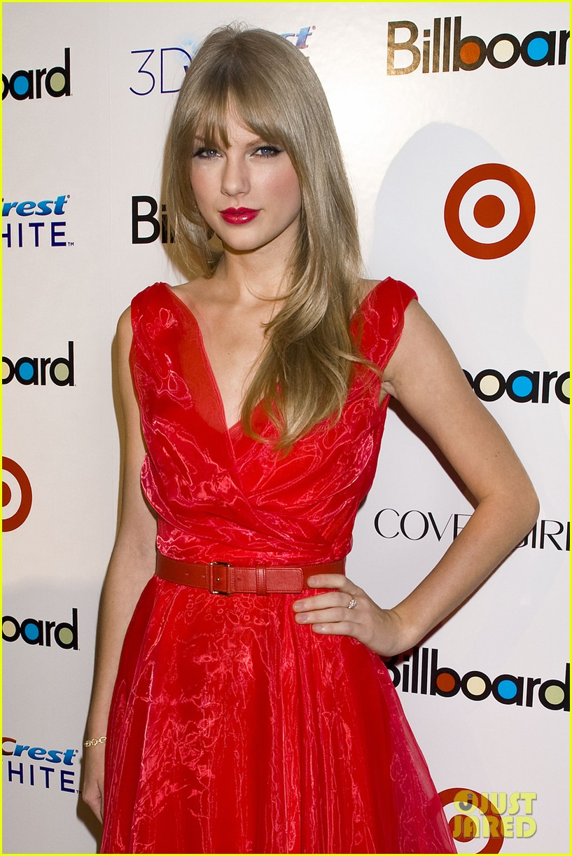 taylor swift billboard women music 12