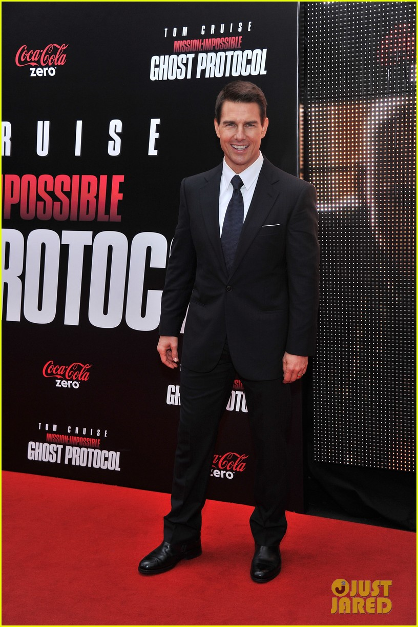 tom cruise katie holmes mission impossible premiere nyc 082611234