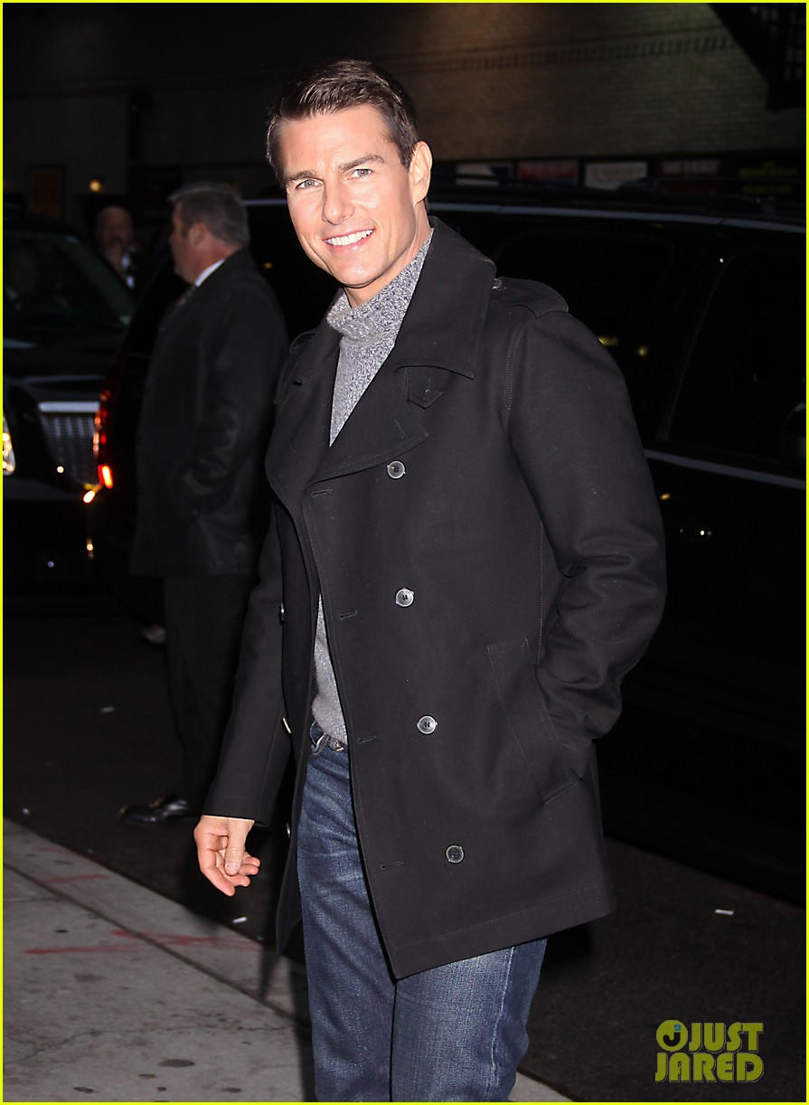 tom cruise katie holmes mission impossible premiere nyc 112611237