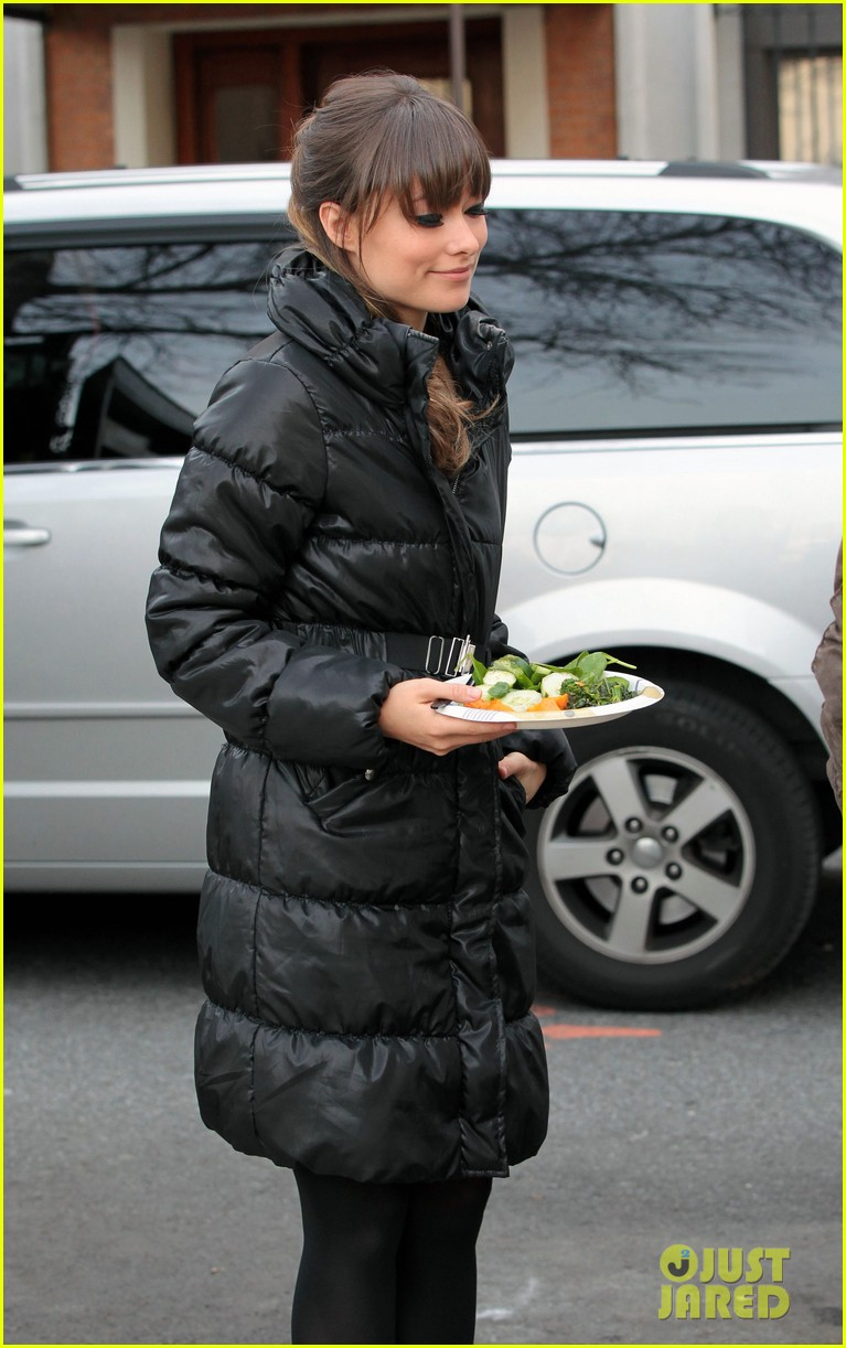 olivia wilde jason bateman busy day on longest week 01