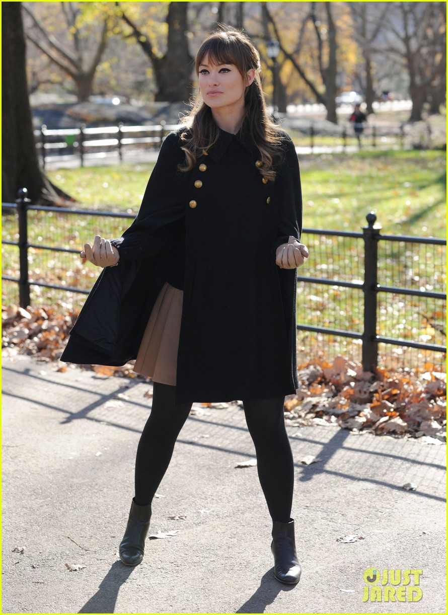 olivia wilde jason bateman longest week kiss in central park 082605745