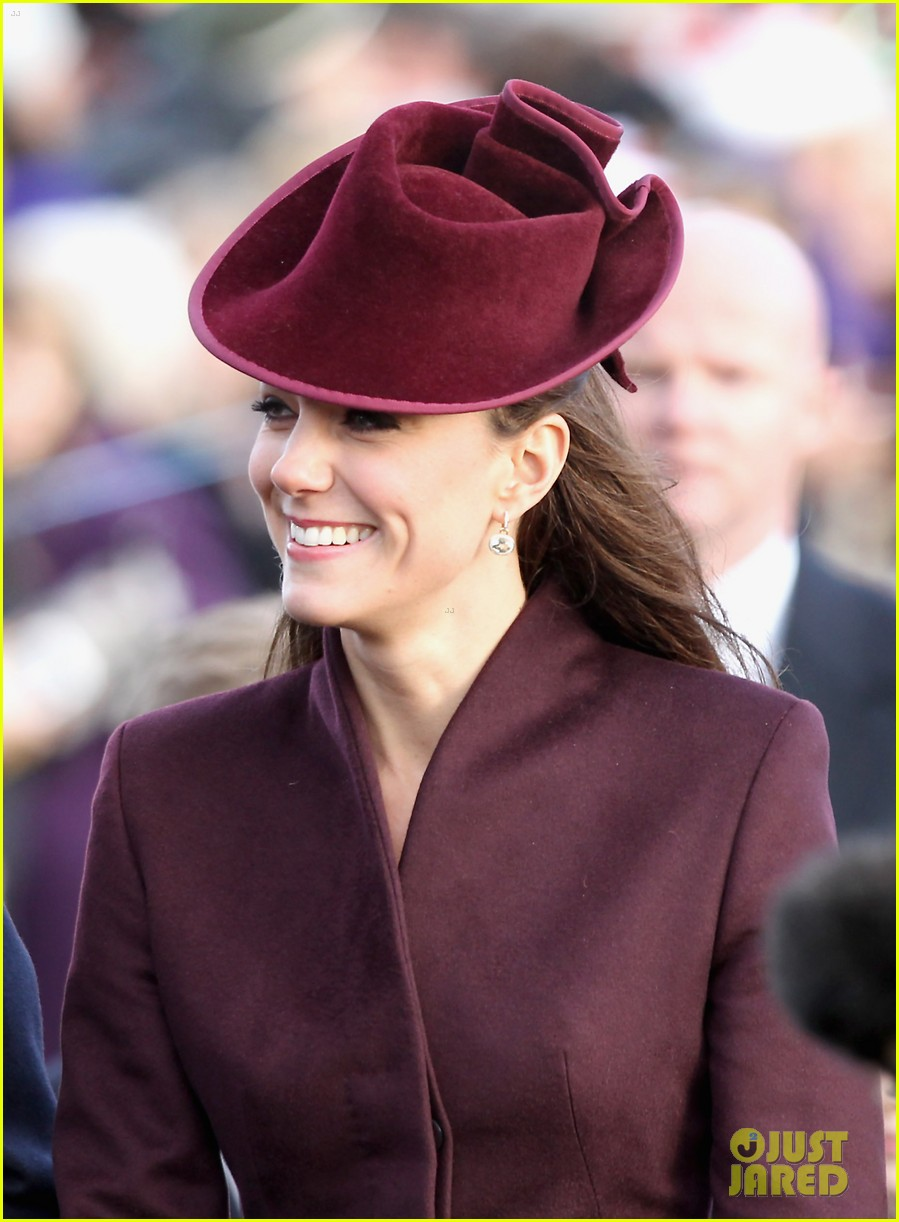 prince william kate christmas day service 102612438