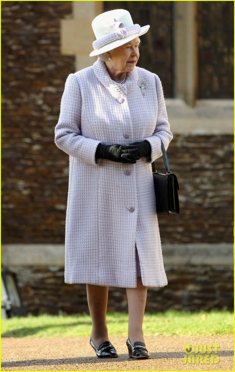 prince william kate christmas day service 12