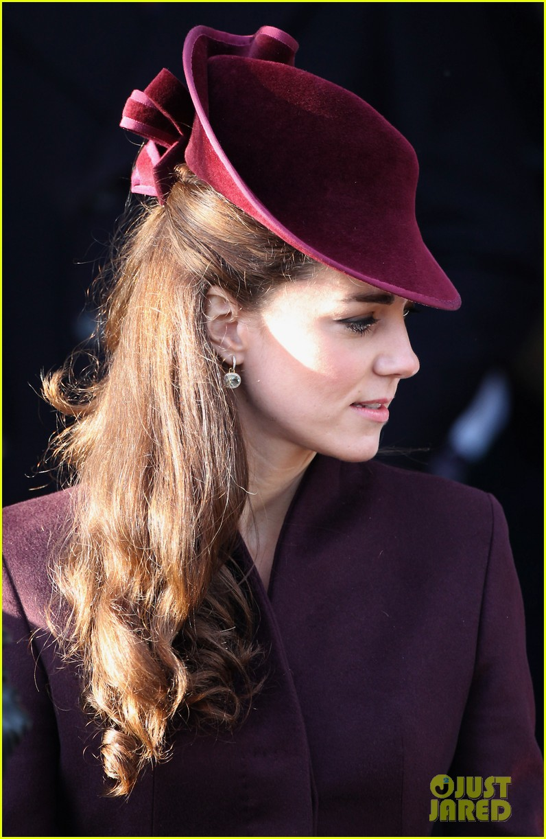 prince william kate christmas day service 182612446