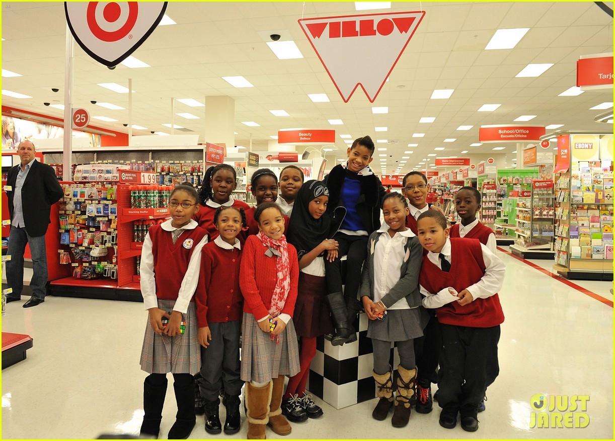 willow smith target shopping spree boys girls club 04