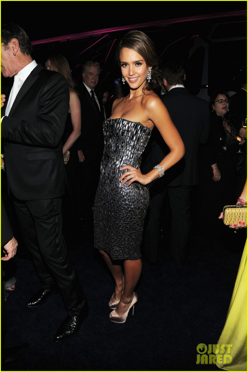 jessica alba golden globes after party 012618896