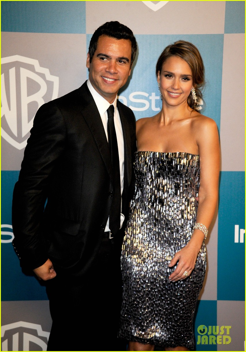 jessica alba golden globes after party 032618898