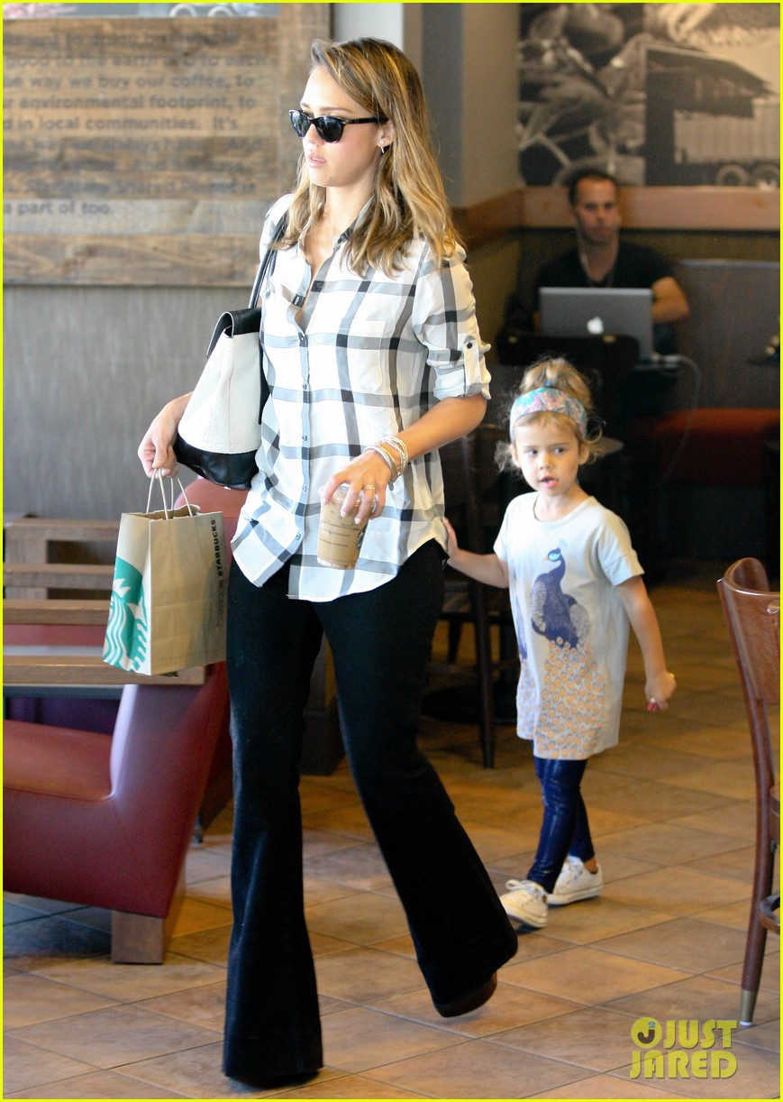 jessica alba shopping honor 07