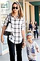 jessica alba shopping honor 09