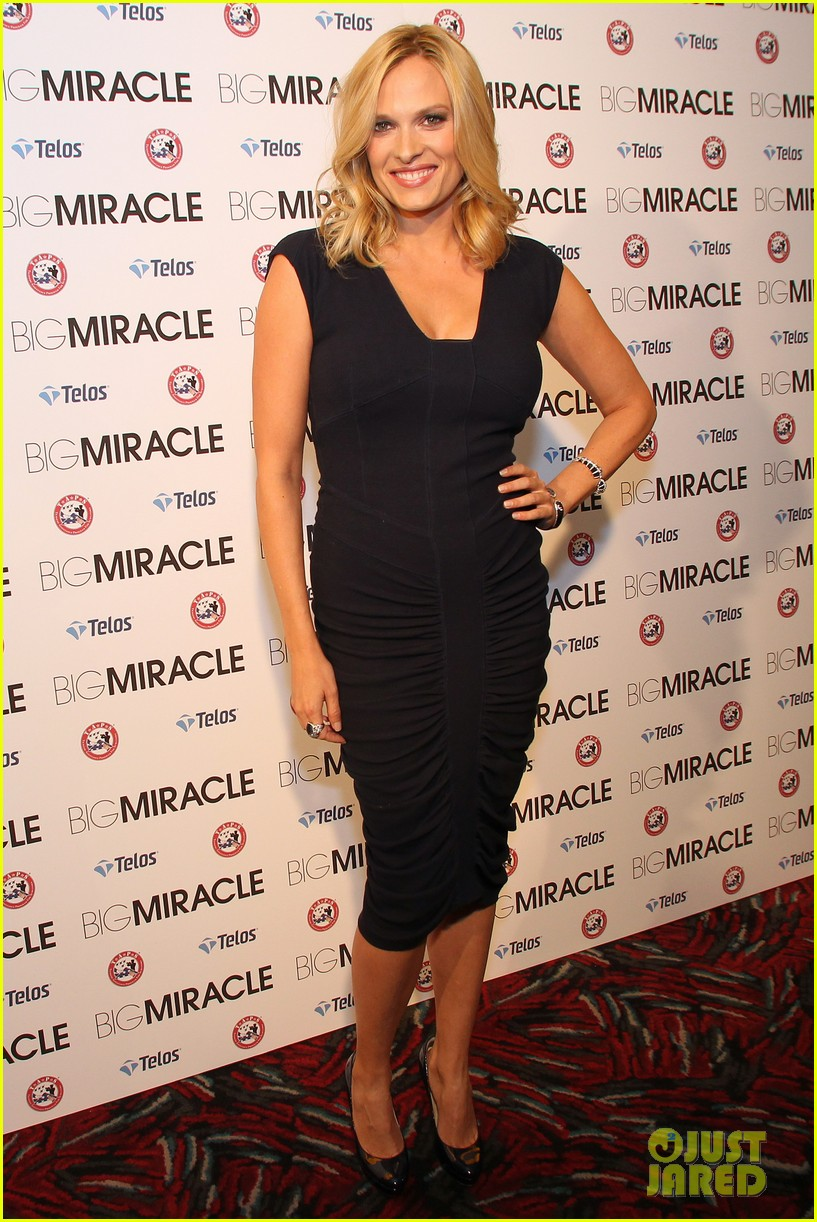 drew barrymore will kopelman big miracle premiere 082622025