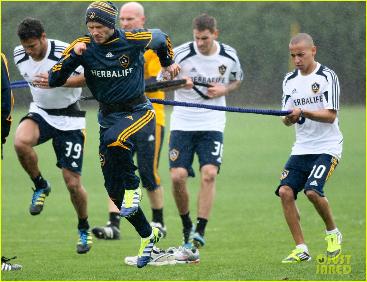 david beckham soccer practice 102621242