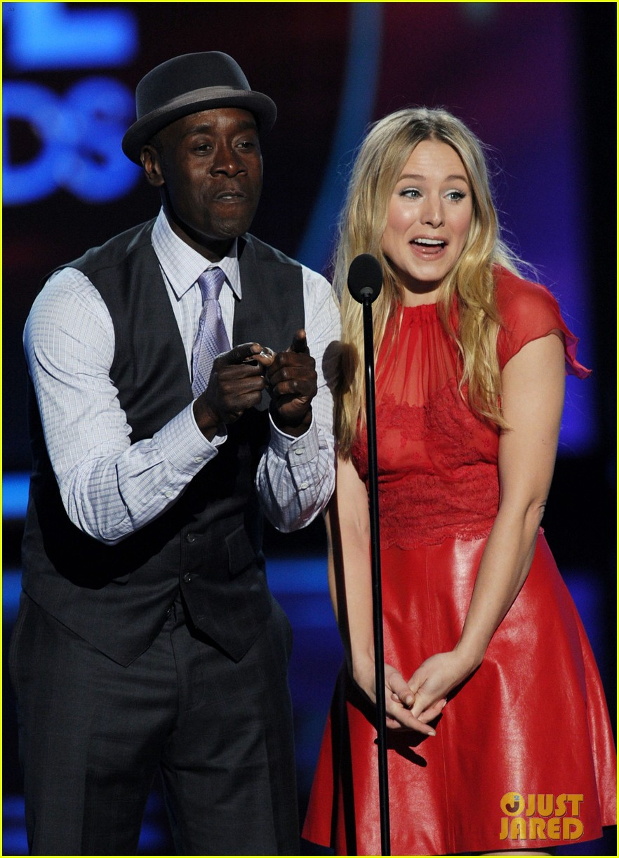 kristen bell don cheadle peoples choice 2012 022616637