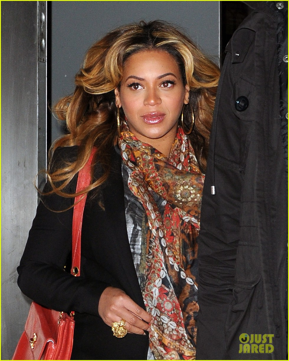 Beyonce Still Pregnant In New York City Photo 2614997