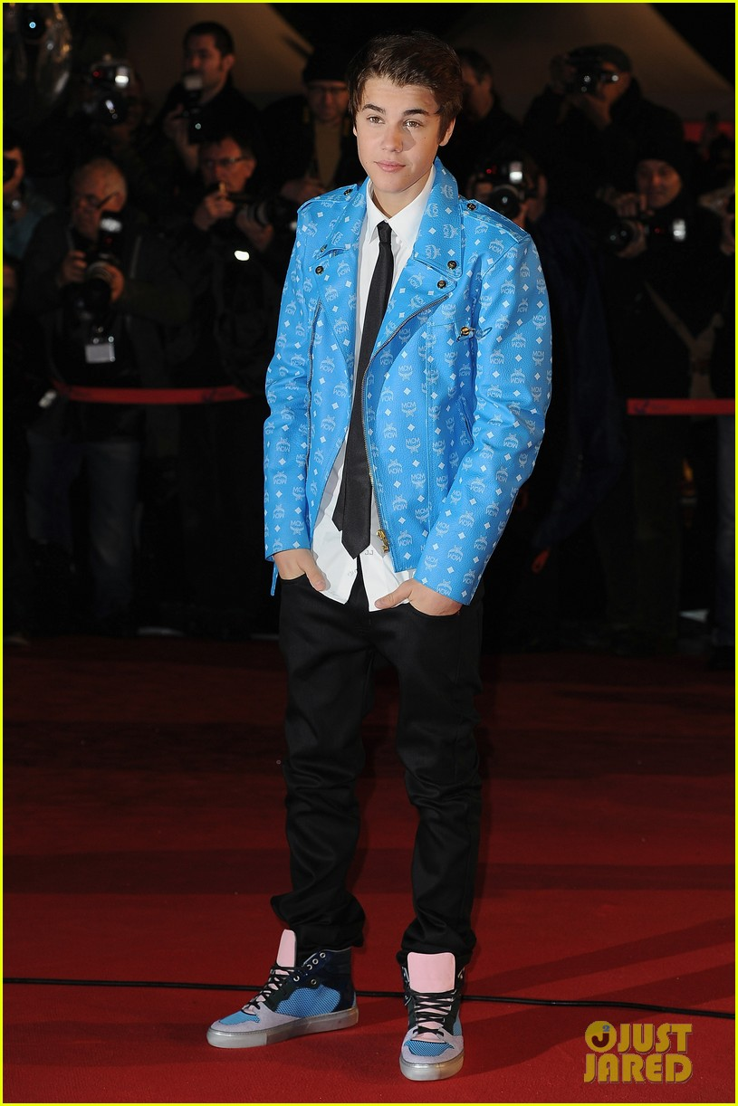 justin bieber darker do at nrj awards 092623113