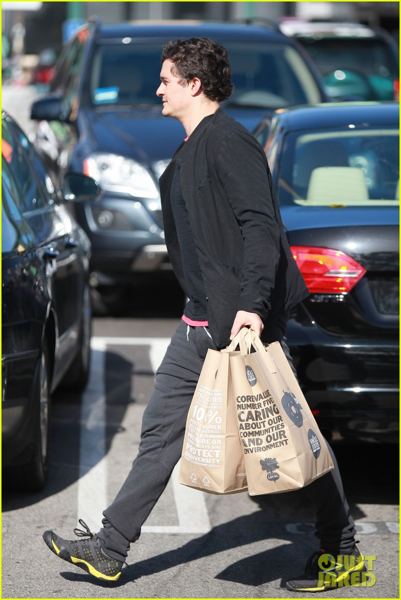 orlando bloom whole foods 172620521