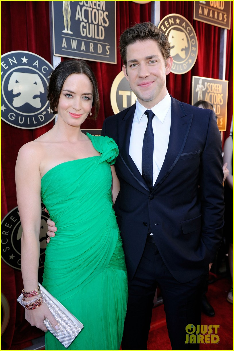 emily blunt sag awards john krasinski 03