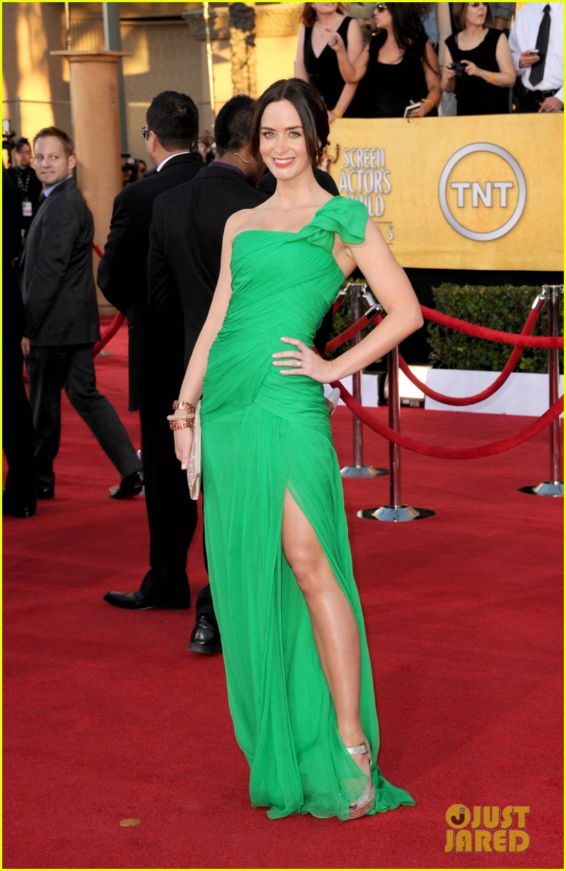 emily blunt sag awards john krasinski 06