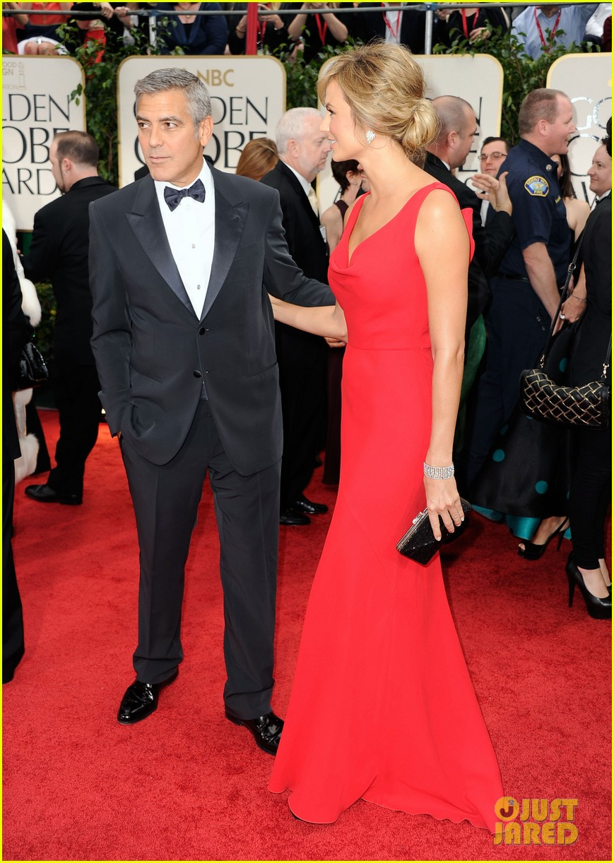 george clooney stacy keibler golden globes 2012 11