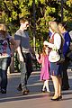 tom cruise suri disneyland 06