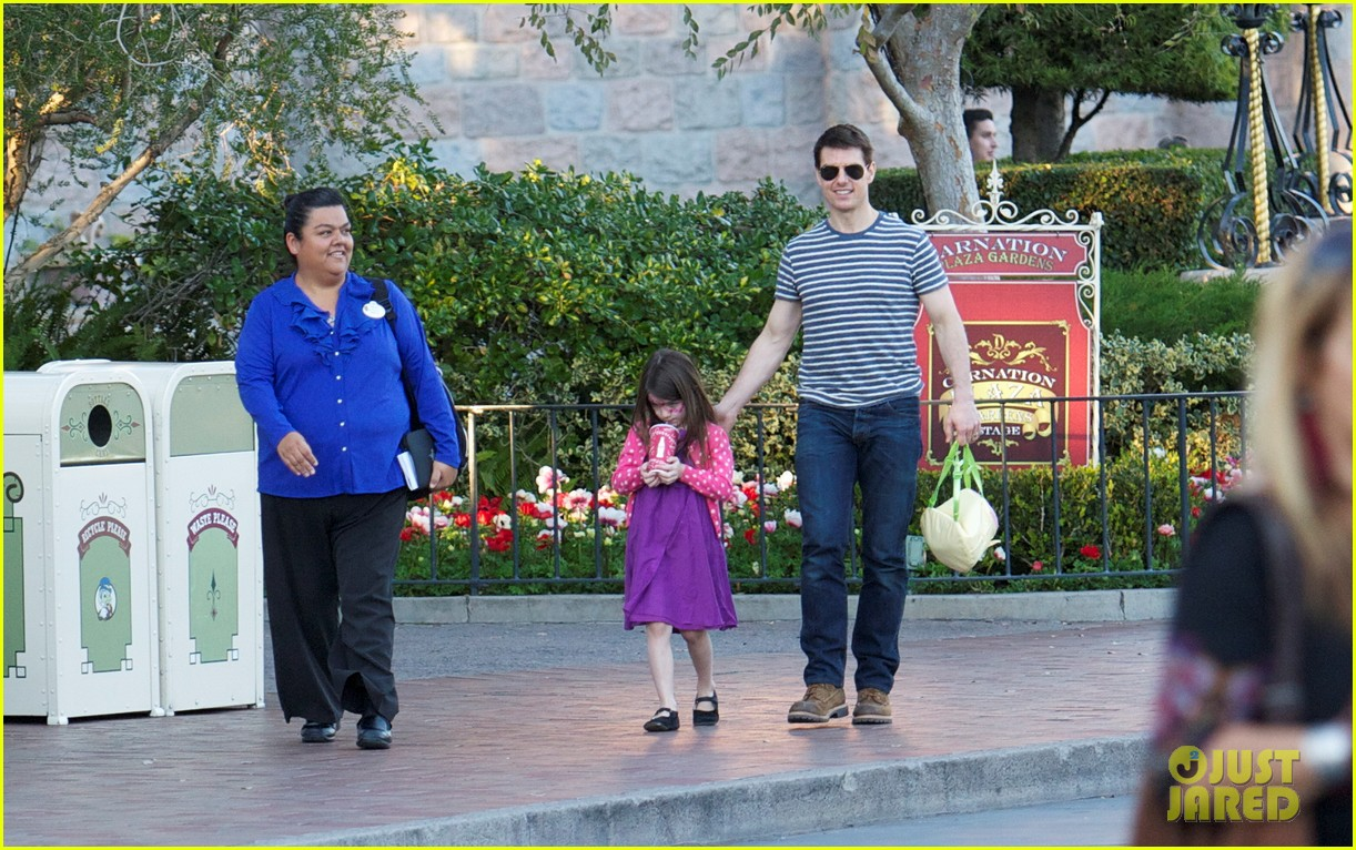 Suri And Tom Cruise 2012