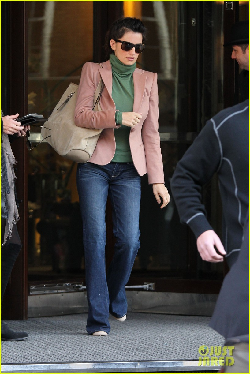 penelope cruz retail therapy in london 112619927