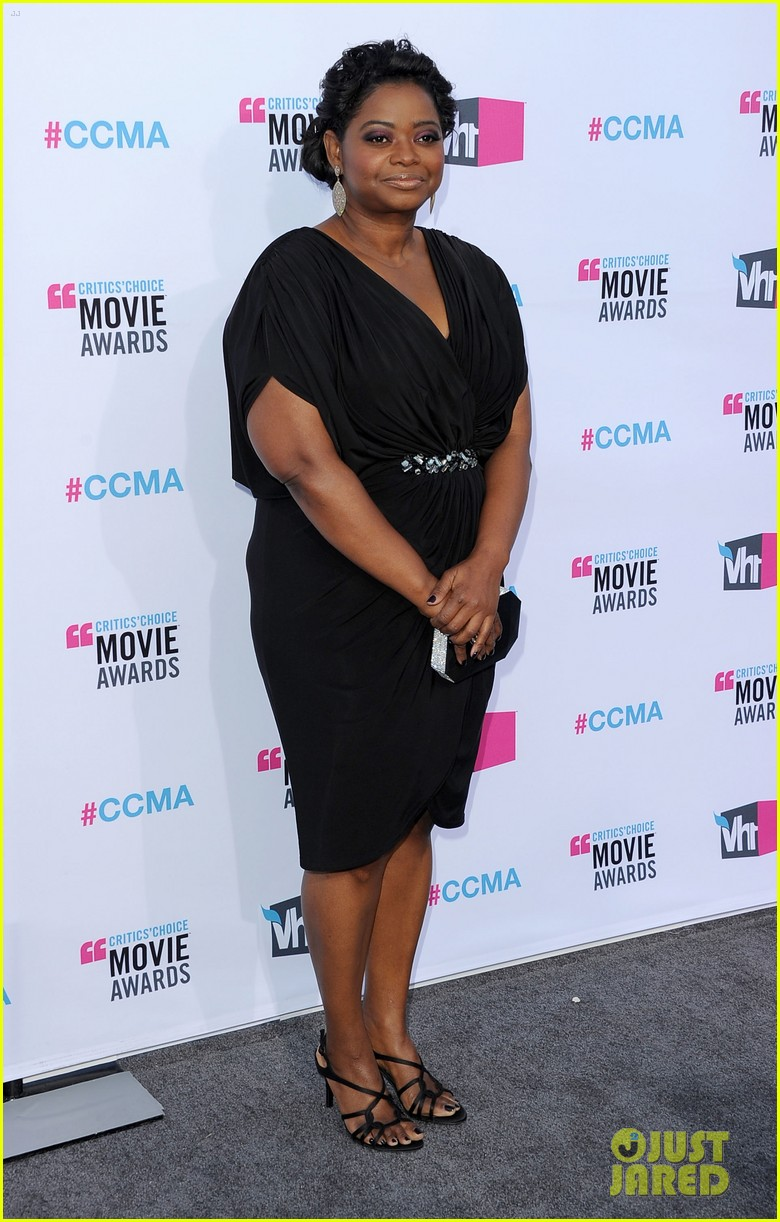 viola davis octavia spencer 2012 critics choice awards 012617107