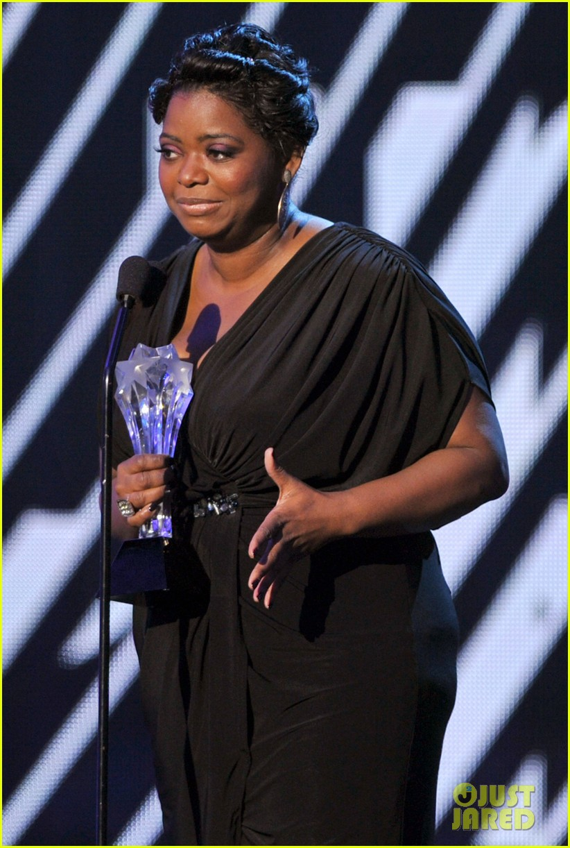 viola davis octavia spencer 2012 critics choice awards 052617111