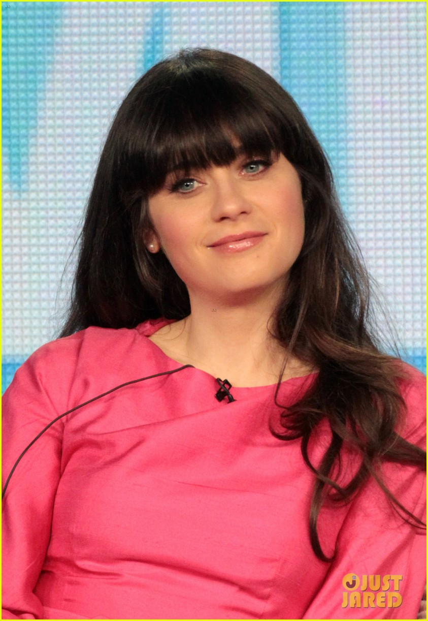 http://cdn03.cdn.justjared.comzooey deschanel fox all star party cutie.jpg 062615801