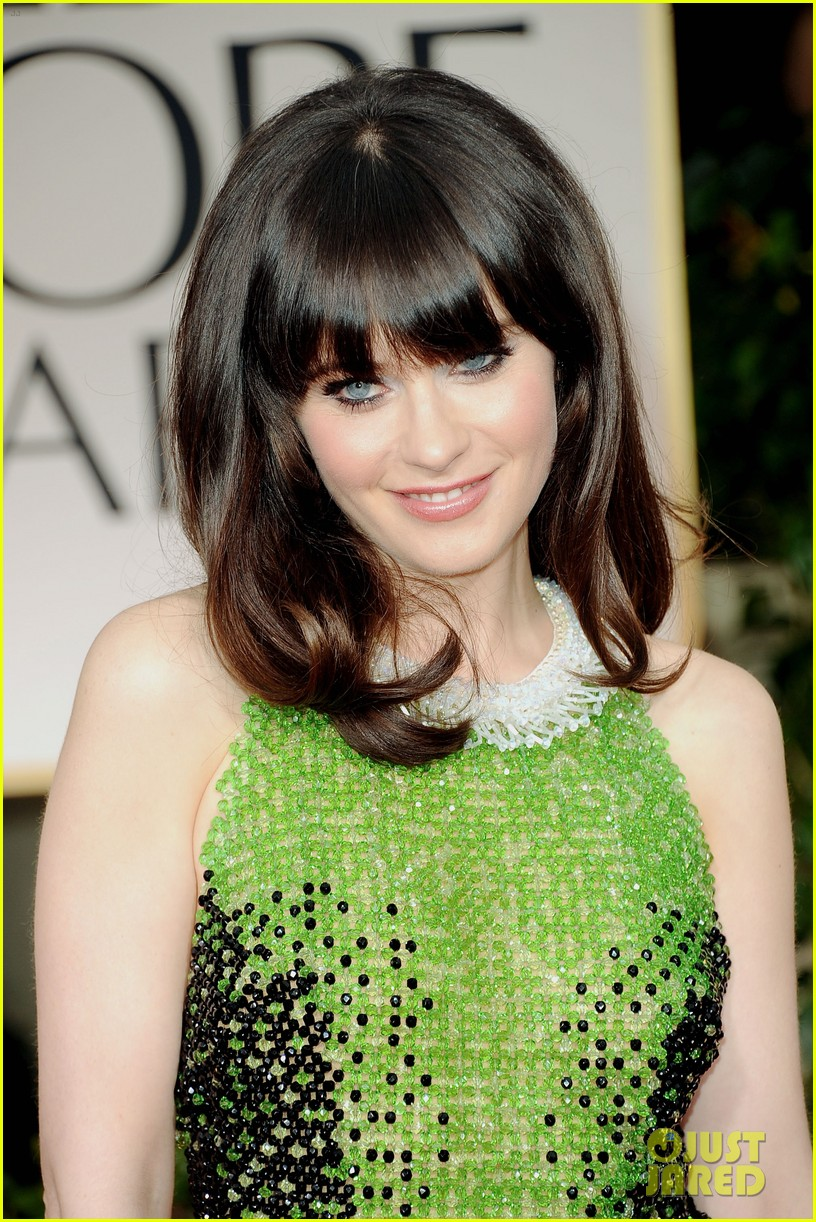 Emily Amp Zooey Deschanel Golden Globes 2012 Red Carpet