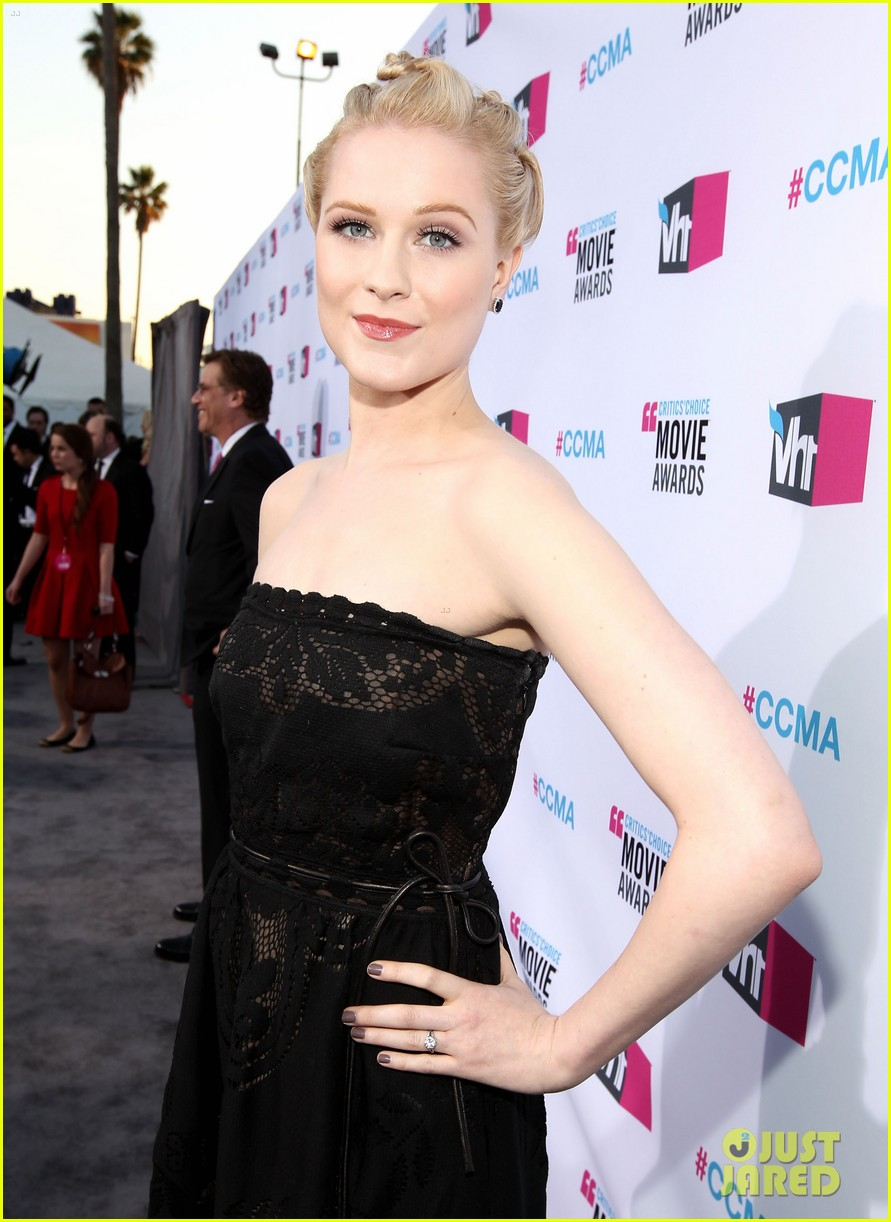 evan rachel wood 2012 critics choice awards 04
