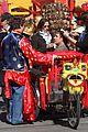 zach galifianakis will ferrell dog fight in chinatown 10