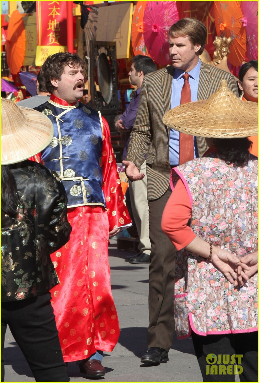 zach galifianakis will ferrell dog fight in chinatown 06