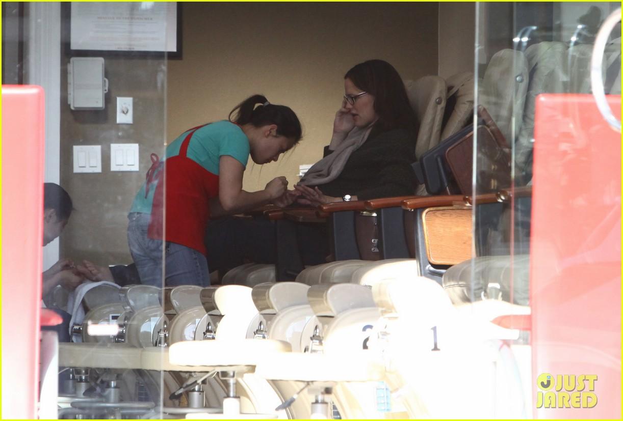 jennifer garner nail salon 072619489