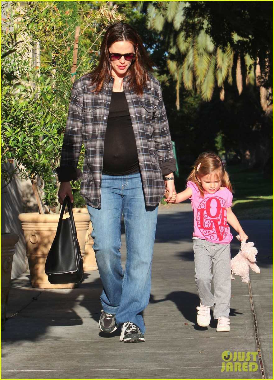 jennifer garner breakfast pals 122615720