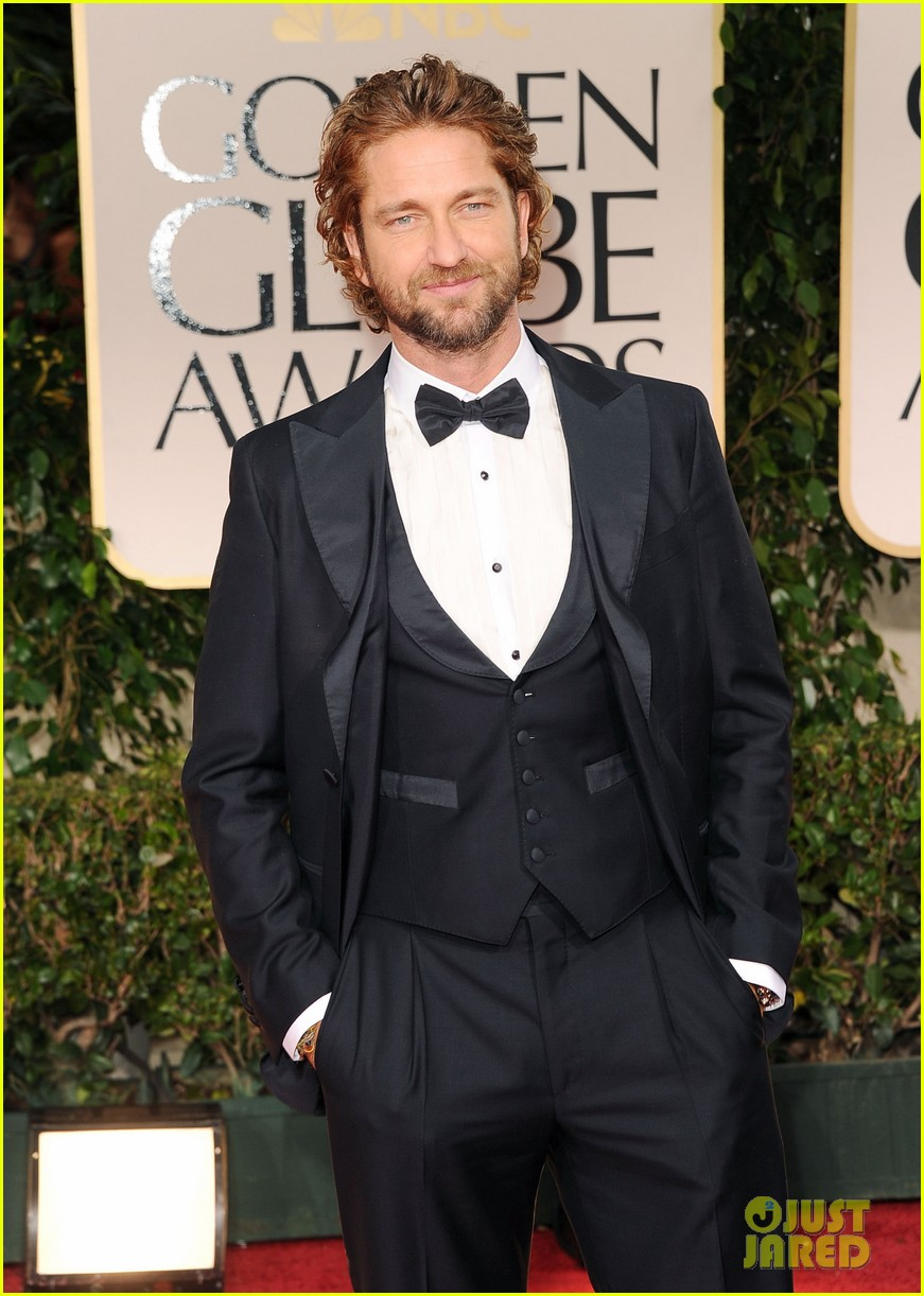 gerard butler golden globes 2012 02