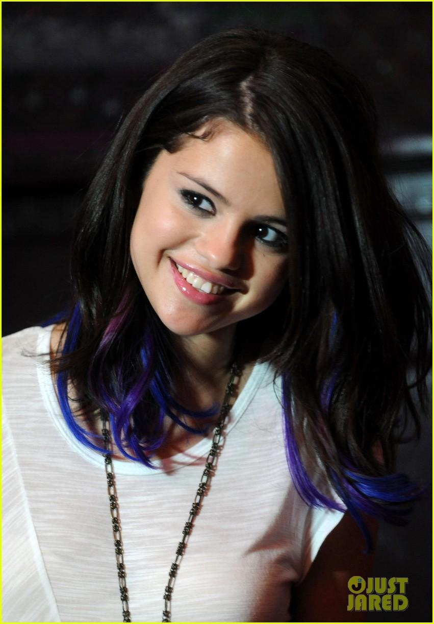 Selena Gomez Charity Concert For UNICEF Photo 2620373 Selena