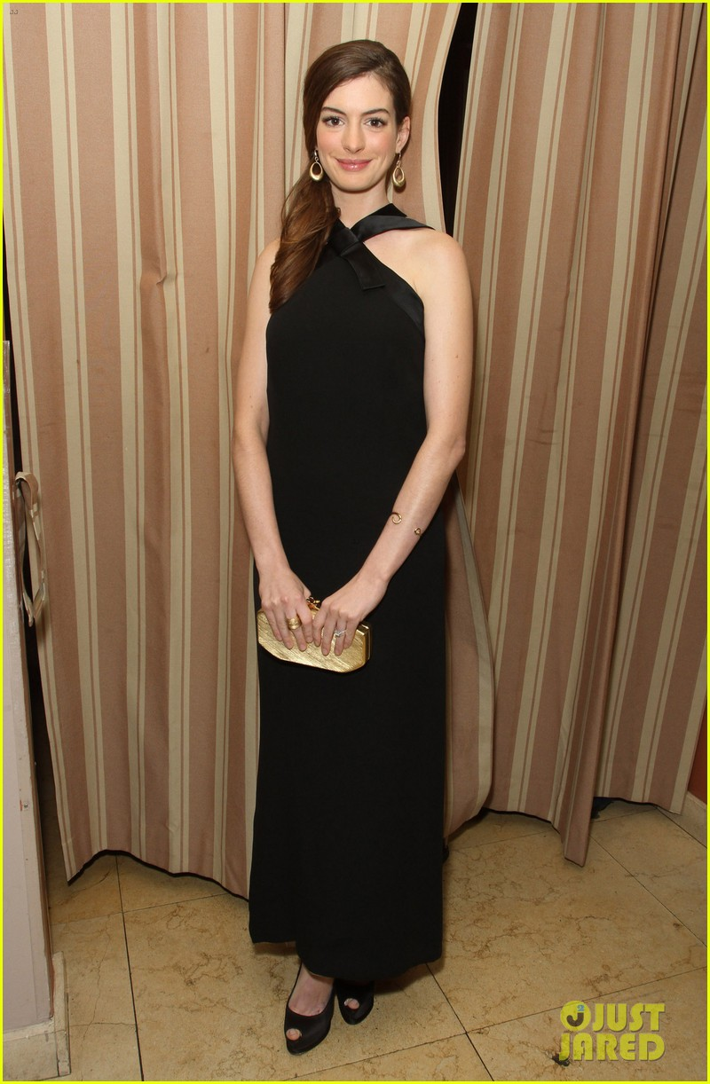anne hathaway rachel zoe l a lgbt center benefit 13