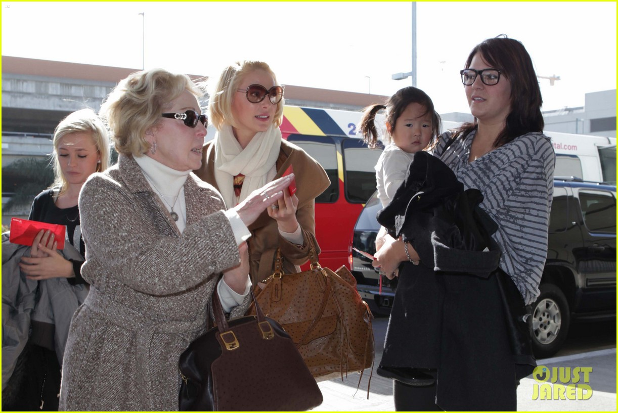 katherine heigl nancy flight lax 042620767