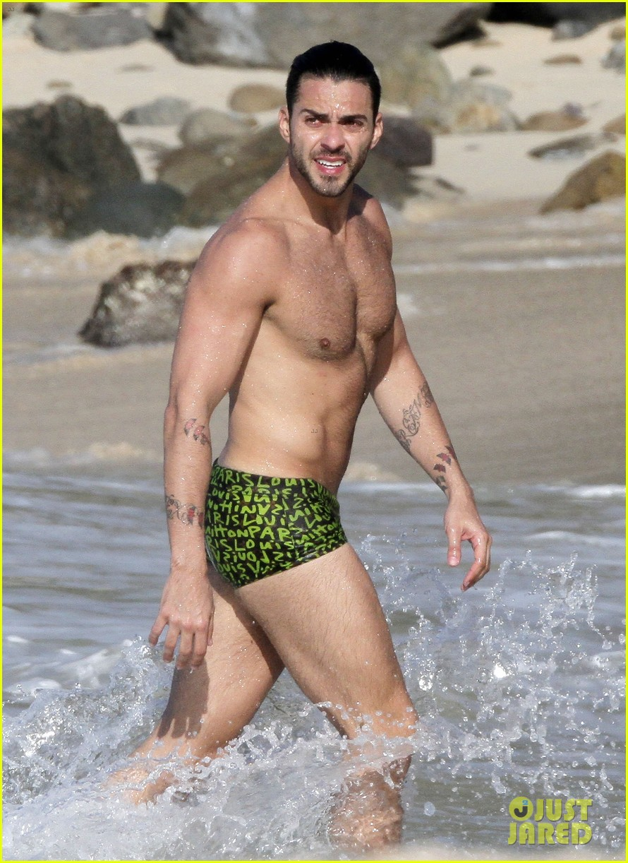 marc jacobs shirtless in st barts on new years day 082613945