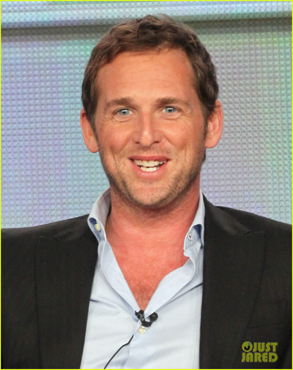 josh lucas engaged 012615104