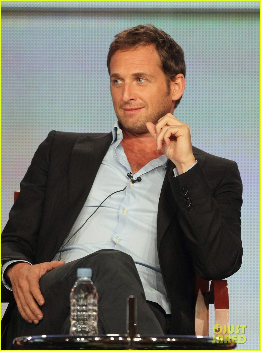 josh lucas engaged 032615106