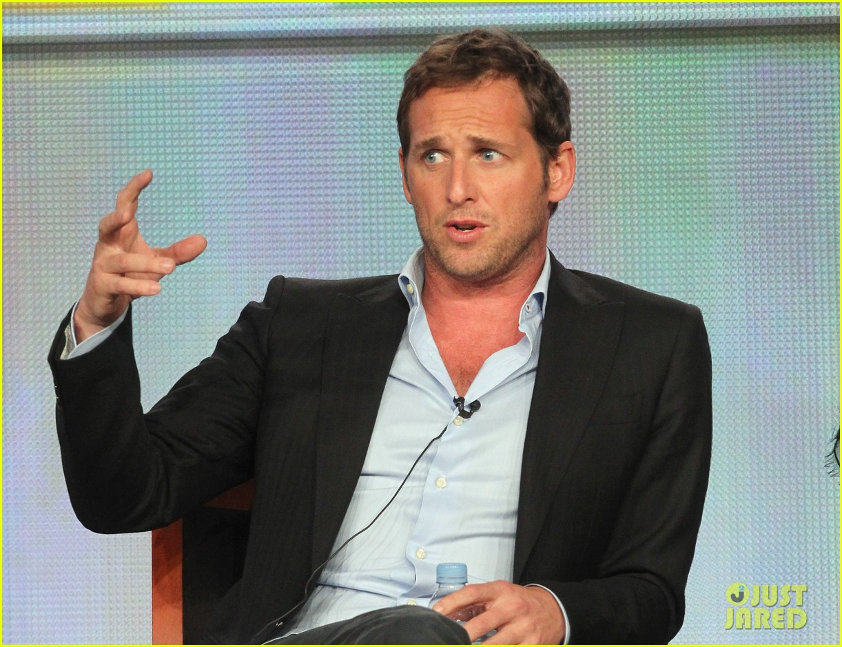 josh lucas engaged 042615107